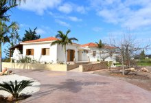 Villa  for sale in Sea Caves Ref.SB14330